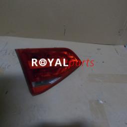 Audi A4 bal hátsó belső lámpa